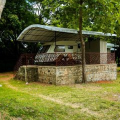Отель Malwathu Oya Caravan Park фото 8