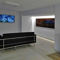 Отель Vista Alegre Hostal Кастро-Урдиалес развлечения