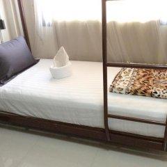 Naturbliss Bangkok Transit Hotel 3* Кровать в общем номере фото 2