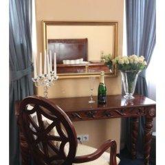 Отель Prague Golden Age Номер с общей ванной комнатой фото 30