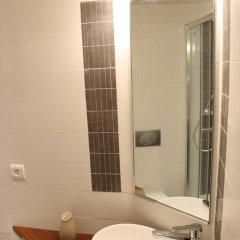 Отель Perrache Sainte Blandine Франция, Лион - отзывы, цены и фото номеров - забронировать отель Perrache Sainte Blandine онлайн ванная
