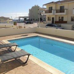 Отель Aqua Blu Villa бассейн