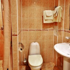 Отель Yunost Zapolyarya Мурманск ванная фото 4