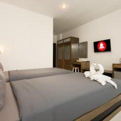 M.U.DEN Patong Phuket Hotel 3* Улучшенный номер двуспальная кровать фото 8