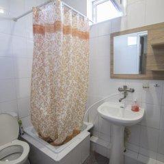Гостевой Дом Лазурный Стандартный номер с двуспальной кроватью фото 12