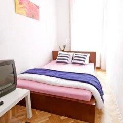 Отель City Rooms Стандартный номер с двуспальной кроватью (общая ванная комната) фото 4