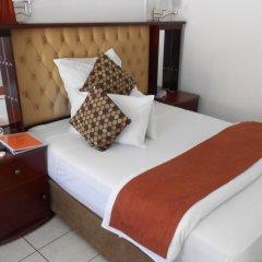 Отель Broadhurst Inn Габороне комната для гостей фото 3