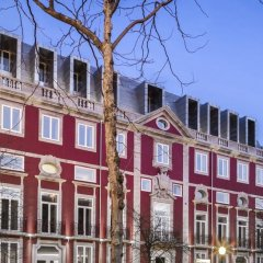 Отель NH Collection Porto Batalha