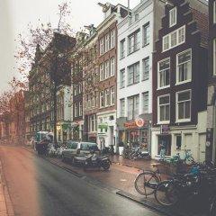 Отель Tourist Inn Budget Hotel - Hostel Нидерланды, Амстердам - 1 отзыв об отеле, цены и фото номеров - забронировать отель Tourist Inn Budget Hotel - Hostel онлайн парковка