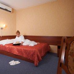 Гостиница AMAKS Центральная Улучшенный номер разные типы кроватей фото 11