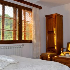 Family Hotel Varosha 2003 3* Люкс с различными типами кроватей фото 6
