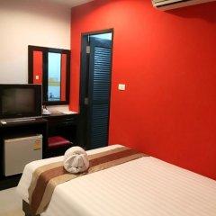 Отель PJ Patong Resortel 3* Номер категории Эконом с различными типами кроватей фото 4