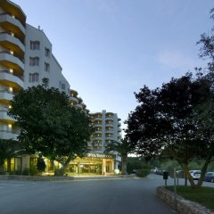Fiesta Hotel Tanit - All Inclusive парковка