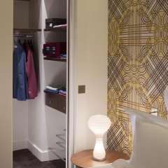 Отель Hôtel Dupond-Smith 5* Улучшенный номер с различными типами кроватей фото 9