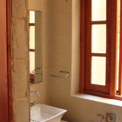 Отель Domus Luxuria Мальта, Корми - отзывы, цены и фото номеров - забронировать отель Domus Luxuria онлайн ванная