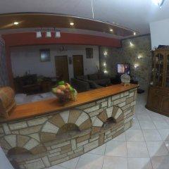 Отель Vila ILIRIA Албания, Ксамил - отзывы, цены и фото номеров - забронировать отель Vila ILIRIA онлайн интерьер отеля