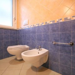 Отель Residence Beach Paradise Римини ванная