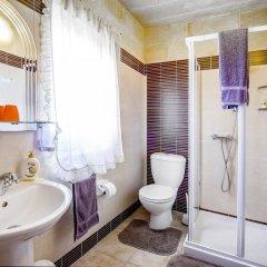 Отель Vecchio Mulino B&B Мальта, Зеббудж - отзывы, цены и фото номеров - забронировать отель Vecchio Mulino B&B онлайн ванная