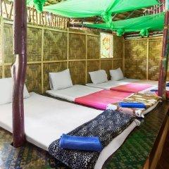Leaf House Bungalow - Hostel бассейн