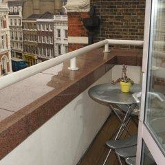 Отель Leicester Square Apartments Великобритания, Лондон - отзывы, цены и фото номеров - забронировать отель Leicester Square Apartments онлайн балкон