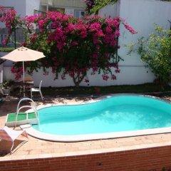 Отель Fantastic Villa - Central Lisbon бассейн