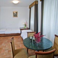Hotel Galileo Prague 4* Стандартный номер с различными типами кроватей фото 12