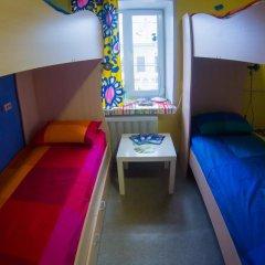 Хостел Гуд Лак Кровать в общем номере фото 7