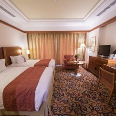Отель Holiday Inn Kuwait комната для гостей фото 2