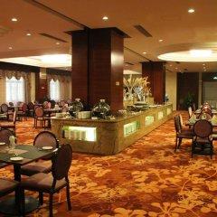 Zhongfei Grand Sky Light Hotel питание фото 2