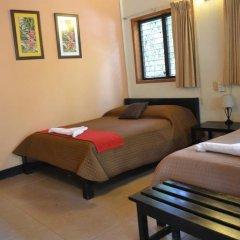 Hotel Jaguar Inn Tikal 3* Бунгало с различными типами кроватей фото 22
