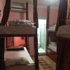 Big Apple Hostel & Hotel Кровать в мужском общем номере с двухъярусной кроватью фото 9