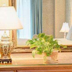 The Roger Smith Hotel удобства в номере