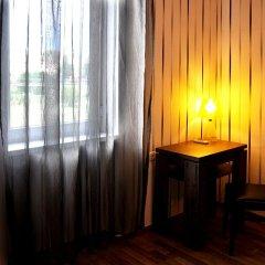 Отель Athletics 2* Стандартный семейный номер с двуспальной кроватью