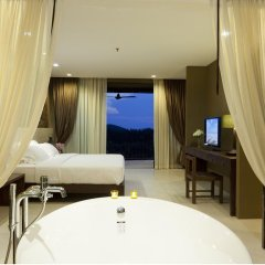 Отель Sunsuri Phuket 5* Улучшенный номер с двуспальной кроватью фото 2