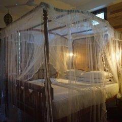 Отель Thaproban Beach House 3* Номер Делюкс с двуспальной кроватью