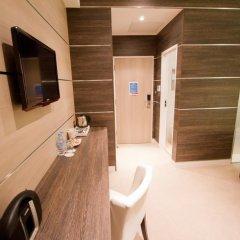 Отель TheWesley 4* Улучшенный номер с различными типами кроватей фото 7