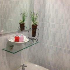 Отель Ezy House Patong ванная фото 2