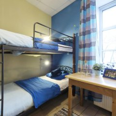 Кино Хостел на Пушкинской Кровать в общем номере с двухъярусными кроватями