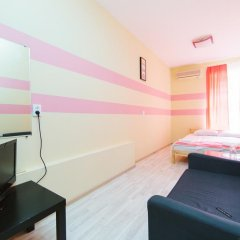 Мини-Отель Компас Стандартный номер с двуспальной кроватью (общая ванная комната) фото 3