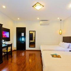 Отель Riverside Impression Homestay Villa 3* Номер Делюкс с 2 отдельными кроватями фото 10