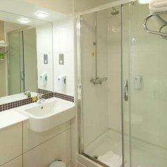 Отель Premier Inn London Waterloo ванная