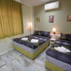 Отель Guest House the House Болгария, Боженци - отзывы, цены и фото номеров - забронировать отель Guest House the House онлайн комната для гостей фото 3