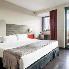 Отель ILUNION Barcelona 4* Улучшенный номер с различными типами кроватей фото 17