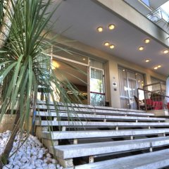 Отель Cormoran Италия, Риччоне - отзывы, цены и фото номеров - забронировать отель Cormoran онлайн вид на фасад фото 2