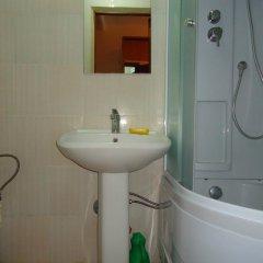 Гостиница «Дубрава» Стандартный номер с 2 отдельными кроватями