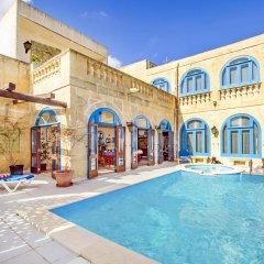 Отель Vecchio Mulino B&B Мальта, Зеббудж - отзывы, цены и фото номеров - забронировать отель Vecchio Mulino B&B онлайн бассейн фото 3