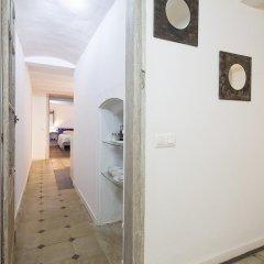 Отель Stay Barcelona Gotico Apartments Испания, Барселона - отзывы, цены и фото номеров - забронировать отель Stay Barcelona Gotico Apartments онлайн ванная