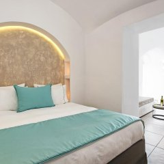 Отель Athina Luxury Suites 4* Люкс повышенной комфортности с различными типами кроватей фото 11