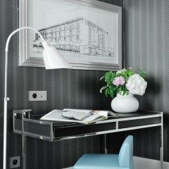 Отель Hôtel Baume 4* Улучшенный номер с двуспальной кроватью фото 7