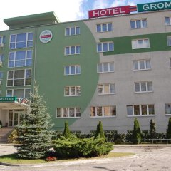 Hotel Gromada Poznań парковка